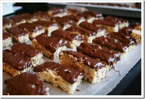ChocolateDippedKrispieSnacks